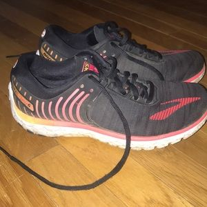 Black Brooks Connect Running Shoes
